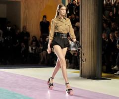 100516-Eric-PFW-LEAD (soulofwhitelight) Tags: miu show spring summer 2017 paris fashion week france 05 oct 2016 gigi hadid catwalk pfw model female personality 42864052