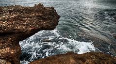 Desgaste natural (candi...) Tags: mar rocas agua airelibre olas desgaste naturaleza nature sonya77