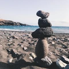 Rock balancing (dovilėberžinytė) Tags: canaryislands tenerife callaosalvaje ocean beach balancing rocks