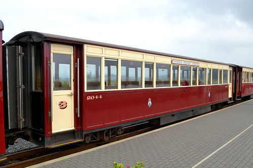 WHR Carriage 2044