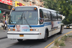 IMG_2663 (GojiMet86) Tags: mta nyc new york city bus buses 1999 t8026 rts 5132 q17 kissena blvd main street