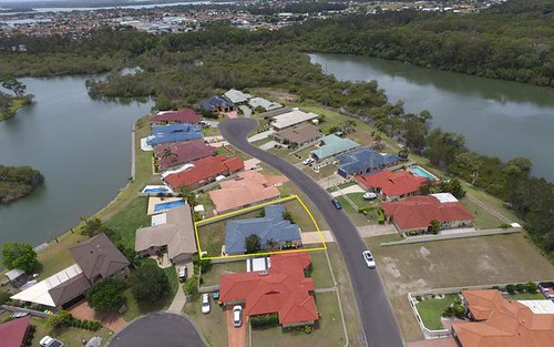 17 Bayview Drive, Yamba NSW 2464