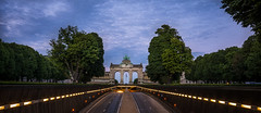 Arch of Triumph (hjuengst) Tags: brussels brüssel cinquantenaire jubelpark archoftriumph trees alley quadriga belgium avenue