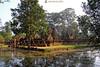 06-11-06 Laos-Camboya Siem Reap (99) R01 (Nikobo3) Tags: asia camboya cambodia siemreap rural ruinas arquitectura architecture travel viajes nikon nikond200 d200 nikondx182003556vr nikobo joségarcíacobo templos flickrtravelaward ngc
