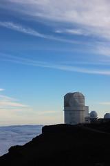 Haleakala observatory - Maui, HI (Xavier Desnoyers) Tags: hawaii hawai maui haleakala national state park observatory observatoire sky ciel vocano summit sommet 10000ft 3000m landscape blue