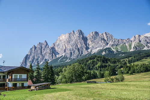 Walk to Cortina-54