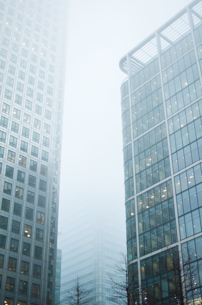 The World's Best Photos of canarywharf and fog - Flickr Hive Mind