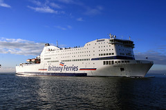 Armorique at Portsmouth (Patrick Hughes) Tags: ferry isle wight brittany pont aven stena