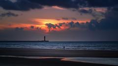 Dunkirk Sunset (MartinFechtner-Photography) Tags: dunkerque dunkirk dünkirchen sunset sonnenuntergang canonfd135mm f25 metabones speedbooster xt2 fujifilm meer ocean nordsee northsea