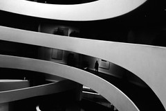 2717 (Panda1339) Tags: 28mm leicaq guggenheimmuseum summiluxq manhattan nyc architecture lookdown usa blackandwhite littlepeople monochrome