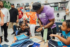 "thomas-davis-defending-dreams-2016-backpack-give-away-90 • <a style=""font-size:0.8em;"" href=""http://www.flickr.com/photos/158886553@N02/36995679946/"" target=""_blank"">View on Flickr</a>"