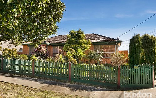 45 Mayfield Dr, Mount Waverley VIC 3149