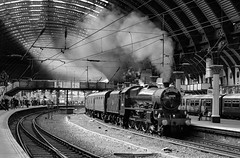 45699 Hauling 'The Scarborough Spa Express' (dgh2222) Tags: lms lmr jubilee 1z25 45699 york station steam locomotive special train
