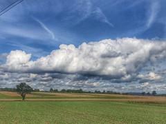 Felder im Spätsommer (Blende2,8) Tags: reutlingen rommelsbach bäume wolken himmel felder iphone deutschland badenwürttemberg