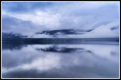 Paseando por Noruega: Invik (edomingo) Tags: edomingo olympusepl5 mzuiko918 noruega invik fiordos reflejos