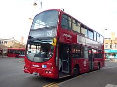 New On The Old (londonbusexplorer) Tags: metroline west volvo b7tl wrightbus gemini vw1561 lk55aae 222 uxbridge hounslow bus station tfl london buses