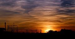 Elevadora de aguas de la Almozara (portalealba) Tags: ranillas soto sol sunset zaragoza zaragozaparque aragon españa spain portalealba canon eos1300d atardecer cielo nubes sun nwn