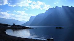 J. & A. (fred.colbourne) Tags: banffnationalpark lakeminnewanka alberta