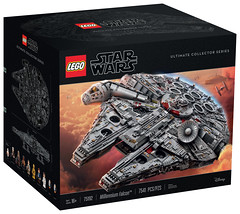 LEGO Star Wars 75192 - Millennium Falcon (Ultimate Collector Series) (THE BRICK TIME Team) Tags: lego brick ucs star wars 75192 millennium falcon ultimate collector series 2017 force friday