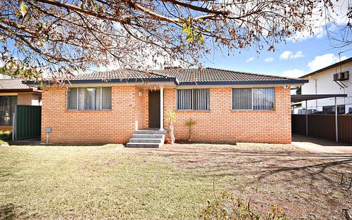 17 Corbett Avenue, Dubbo NSW
