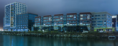 block 13e (pbo31) Tags: bayarea california nikon d810 color evening dark summer september 2017 boury pbo31 sanfrancisco southbeach missionbay 4th channelstreet construction 13e development apartments panorama large stitched panoramic blue missioncreek reflection