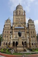 Mumbai Town Hall (Yekkes) Tags: asia mumbai bombay india architecture dome townhall imlressive magnificent mumbaitownhall urban municipal statue