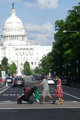 DC Streets Capitol 2017 0852 (CanadaGood) Tags: usa america dc washington districtofcolumbia afternoon building traffic people person capitol 2017 thisdecade canadagood colour color white green red tree architecture