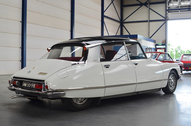 The world 39 s most recently posted photos of ds and garage for Garage peugeot tremblay en france