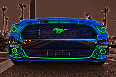 2018 Mustang (oybay©) Tags: mustang fordmustang shiny ford oldcar old reflection mirror modified coolcar heavymetal white twotone chrome lotsofchrome carshow glendale glendalearizona arizona mixteca classic classiccar sunset sunlight color colors colorful vehicle lines