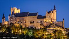 Alcázar (Ignacio Ferre) Tags: españa spain segovia comunidaddecastillayleón alcázar castle castillo sunset atardecer nikon alcázardesegovia torre arquitectura architecture edificio building fortress