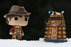 Exterminate! August 28, 2017 (James_Seattle) Tags: nikond7200 nikon d7200 collection memorabilia funko funkopop pop snoqualmiepass pass snoqualmiewashington photo wallpaper background 2017 august2017 august desktop funkopop222 fourthdoctor 4thdoctor collectionshelfmondays scifi bbc doctorwho tombaker tombakerdoctorwho tom baker timelord dalek outdoor doctorwhowallpaper doctorwhobackground doctorwhodesktop peladon