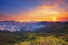 Kowloon Peak (3dgor 加農炮) Tags: kowloonpeak gfx gf23 fujifilm sunset