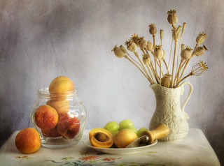 Still life with Apricots