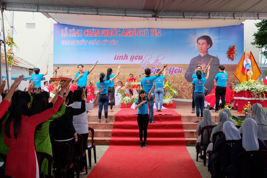Le Anre Phu Yen va DH Giao Ly 2017-17