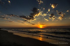 Sunset 700D 3 (`ARroWCoLT) Tags: canon700d kumkamp eceabat çanakkale seascape manzara günbatımı clouds sunrays kumsal hdr silhoutte ultrawideangle genişaçı 1018stm turkey sunset sky beach ocean sea