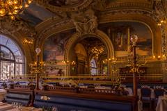 """Le Train Bleu"" restaurant, in the hall of the Gare de Lyon. (Alan Hilditch) Tags: europe france gare garedelyon gaul letrainbleu paris parisian îledefrance"