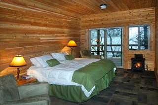 Alaska Salmon Fishing Lodge - Luxury 60