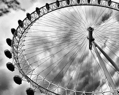 (40emem) Tags: round greatbritain britain british modern city new day monochrome mono 2017 june spinning spin road attraction cocacola minimalism minimalist minimal weather nice photo photography street clouds circular circle bw bnw blackandwhite structure urban unitedkingdom eye londoneye uk england london wheel