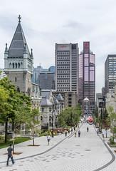 promenade fleuve-montagne by eva blue 11 (The Montreal Buzz) Tags: promenadefleuvemontagne mcgill mctavish montreal evablue