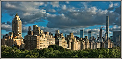 5th Ave Sundown (david.hayes77) Tags: usa metropolitanmuseumofart nyc bigapple newyorkcity 5thavenue 5thave 2017 sundown panorama pano uppereastside ny skyline skyscraper centralpark