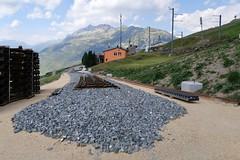 MGB - Station Nätschen Oberalp (Kecko) Tags: 2017 kecko switzerland swiss schweiz suisse svizzera innerschweiz zentralschweiz uri nätschen oberalp pass oberalppass matterhorngotthardbahn railway railroad mgb eisenbahn bahn bahnhof station gleis track baustelle constructionsite schmalspur zahnstange abt mountain swissphoto geotagged geo:lat=46642300 geo:lon=8614420