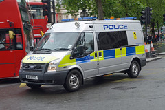 BX13 DMZ (Emergency_Vehicles) Tags: bx14dmz metropolitanpolice lhq heathrowairport london