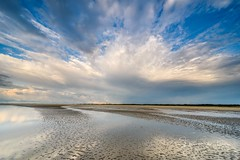 Rain is coming (Ellen van den Doel) Tags: natuur landscape storm juli water reflectie nederland outdoor clouds goeree 2017 landschap strand reflection netherlands waterleidingsduinen sky beach lucht rain wolken nature goedereede zuidholland nl