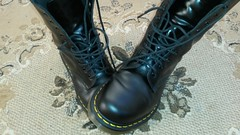 20161228_143424 (rugby#9) Tags: drmartens boots icon size 7 eyelets doc martens air wair airwair bouncing soles original hole lace docmartens dms cushion sole yellow stitching yellowstitching dr comfort cushioned wear feet dm 10hole black 1490 10 docs doctormartenboot indoor footwear shoe boot