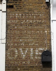 Hovis Ghost Sign Kennington Brixton road London 20/08/17. (Ledlon89) Tags: ghostsign london oldlondon signs oldadverts oldsigns paintedadverts metalsigns hovis bread food loaf schmidts brixtonroad