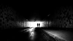 come into darkness (Eric Spies) Tags: tunnel ende licht end light arnheim arnhem gelderland guelders nederland holland niederlande netherlands fuji fujifilm fujinon xt10 xc 1650 monochrom monochrome mono elderveld schuytgraaf noord fietstunnel einde backlight gegenlicht tegenlicht silhouette silhouetten silhouettes arnhemzuid elden xc1650 vision tunnelview tunnelblick tunnelvision street konturen krimi