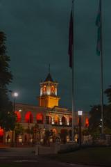 Salta - Cabildo (Pablo Begni) Tags: nikon nikond800 d800 argentina salta mostremos nuestra color foco cabildo cielo luces siluetas banderas mastiles plaza arbol