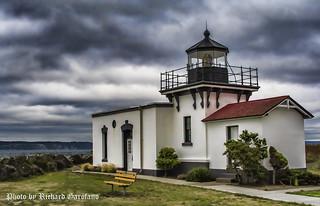 Poini-No-Point Lighthouse