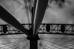 Eye See London (Helly No9) Tags: london londoneye bigwheel da daytime daylight lines blackandwhite blackwhite pods shape shapes monochrome random obscure view angles cloud clouds fujifilm xpro2 fujinon