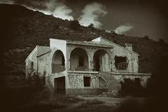 Casa en ruinas, Villajoyosa (Carlos SGP) Tags: españa es comunidadvalenciana alicante villajoyosa ruinas ruins casa monte antiguo